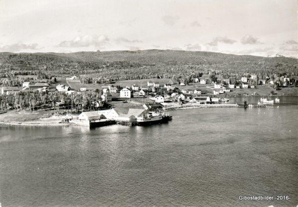 Gibostad 1963. Widerøes flyveselskap nr 141089
